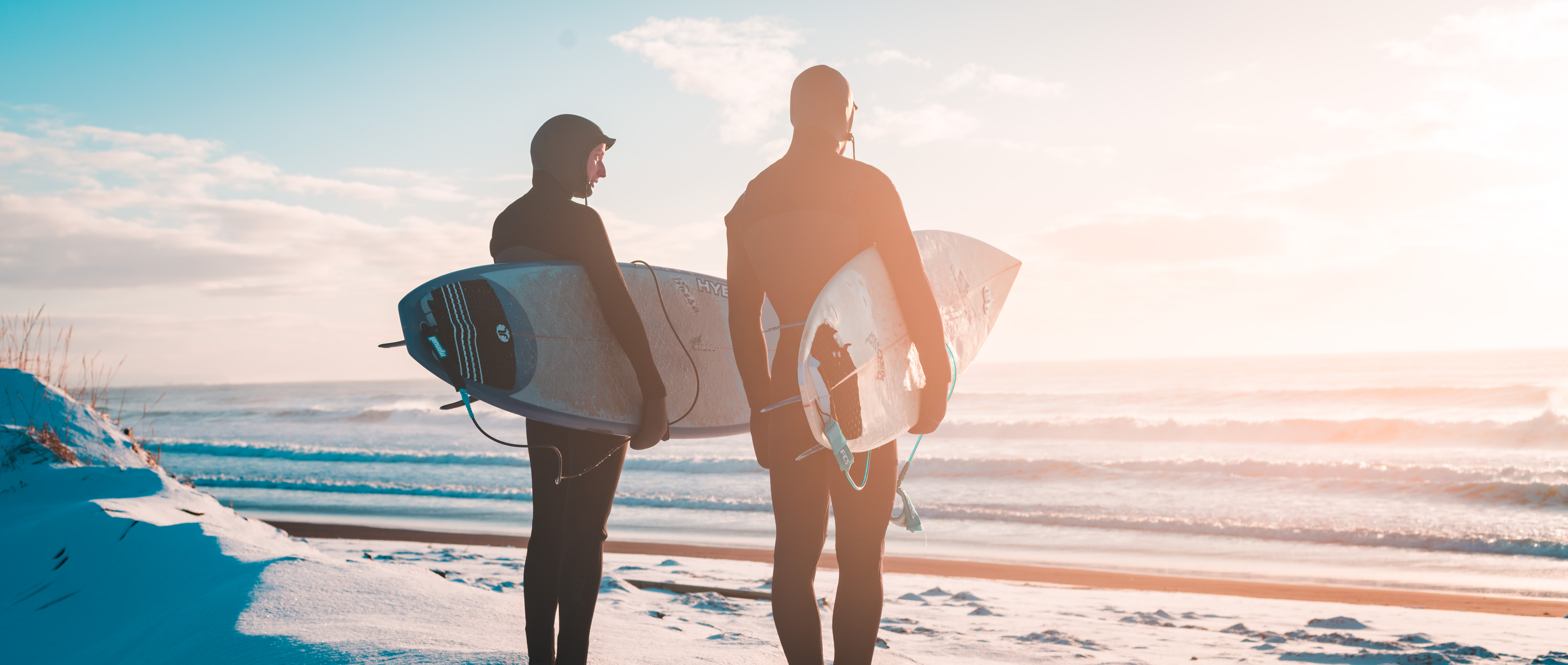 FAR NORTH – EINE SURFABENTEUER IM ARKTISCHEN OZEAN